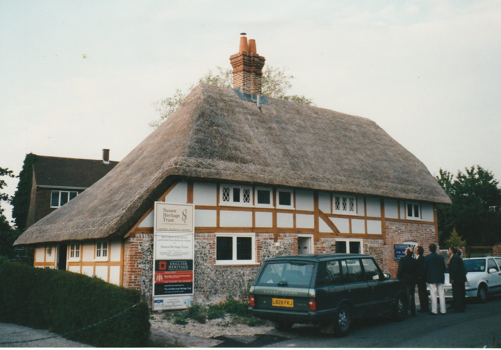 Long straw roof for Sussex Heritage Trust