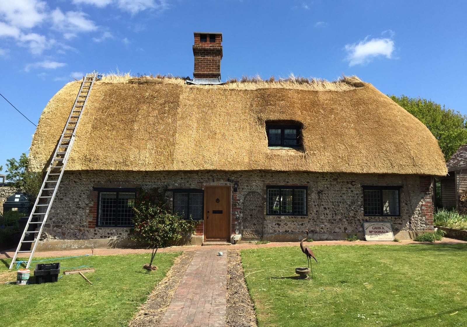 Rethatch in combed wheat reed